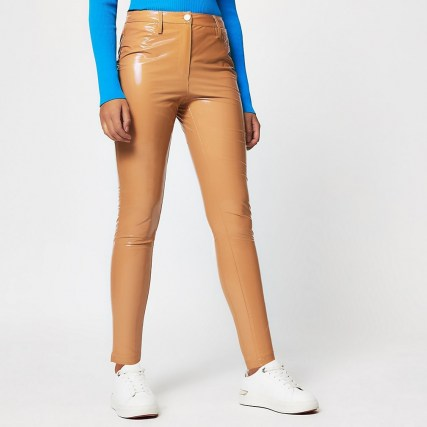 RIVER ISLAND Beige vinyl super fitted trousers / shiny pants - flipped