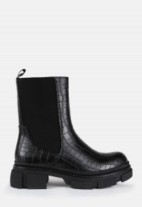 Missguided black mock croc pull on ankle boots – chunky sole boot