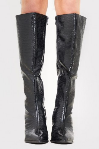 IN THE STYLE BLACK PATENT CROC PU CALF BOOTS – shiny crocodile effect boots - flipped