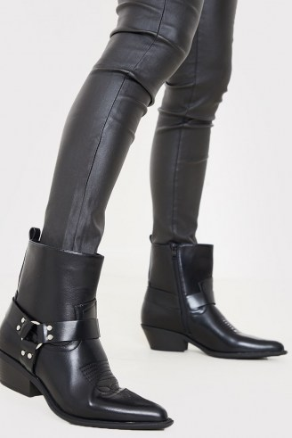IN THE STYLE BLACK PU RING DETAIL WESTERN BOOTS - flipped