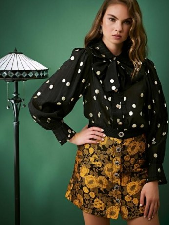 sister jane ALL THAT JAZZ Fancy Footwork Bow Blouse / spot print pussy bow blouses