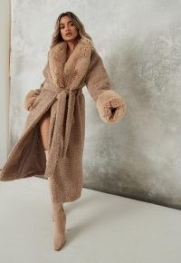 Missguided brown faux fur cuff borg teddy midaxi coat – textured winter wrap coats