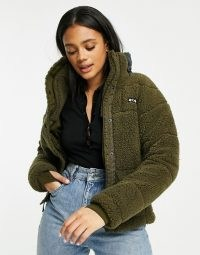 Columbia Lodge Baffled sherpa fleece jacket in green – casual textured borg jackets – faux fur outerwear