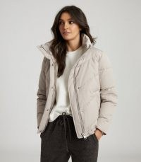 REISS DAX SHORT PUFFER JACKET WITH SIDE ZIP STONE / stylish casual jackets