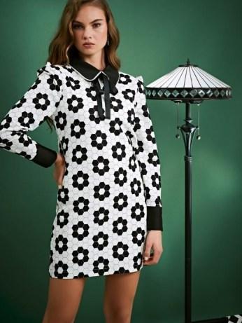 sister jane Daisy Deco Rabbit Dress / monochrome geometric floral prints - flipped