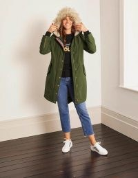Boden Dunbar Parka – Oregano / classic green parkas / casual winter coats