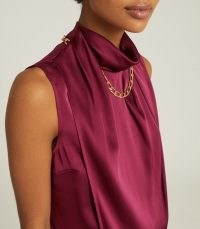 REISS FREYA CHAIN DETAIL SLEEVELESS TOP BERRY – necklace style tops