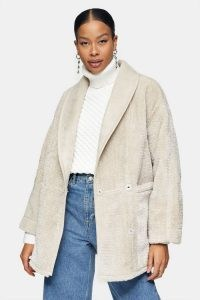 TOPSHOP Grey Chuck On Jacket – textured jackets