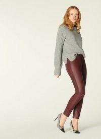 K.K. BENNETT HOLLIE BURGUNDY LEATHER LEGGINGS – dark red skinny trousers