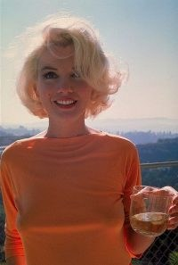 One of a kind ~ Marilyn Monroe photographed by George Barris 1062