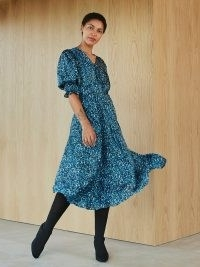Legglang kjole i sateng