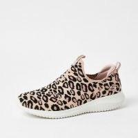 Skechers pink ultra flex leopard trainer / wild animal print trainers / slip on sneakers