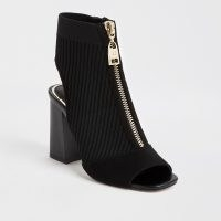 RIVER ISLAND Black knitted zip front shoeboots / zipped shoe boots