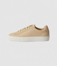 REISS FINLEY PERFORATED LEATHER TRAINERS BISCUIT
