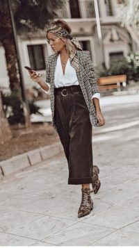 Neutrals can still make a style statement ~ stylish street looks ~ outfits with mixed prints