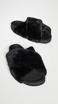 ROAM Mini Cloud Slides / fluffy black sliders