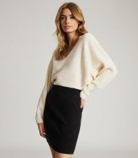 REISS SIMONE COLOUR BLOCK KNITTED DRESS WHITE/BLACK / monochrome colourblock dresses