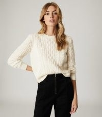 REISS AMELIE CABLE KNIT JUMPER CREAM / textured knitwear