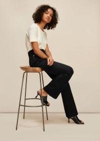 WHISTLES AUTHENTIC FLARED JEAN / black flares / dark denim jeans