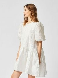SELECTED FEMME PUFF SLEEVE OVERSIZED DRESS | white dresses with volume
