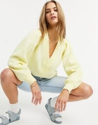 Selected Femme cardigan with balloon sleeves in pastel yellow | volume sleeved V-neck cardigans