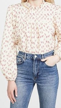 WAYF Linford Pintuck Top / floral vintage style blouse