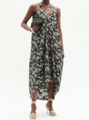 PETAR PETROV Aspen Fog floral-print silk maxi dress - flipped
