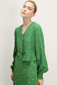 storets Josie Floral Cropped Blouse   green ditsy flower print blouses   retro fashion   vintage style top