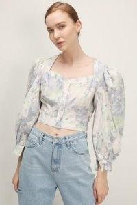 storets Mariah Floral Cropped Blouse   volume sleeve blouses   crop hem balloon sleeve top