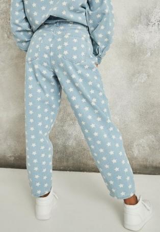 MISSGUIDED light blue co ord star tapered leg jeans – printed denim – stars