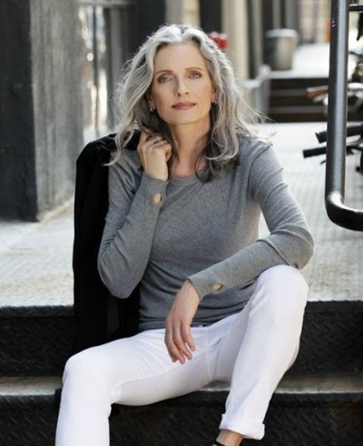 Age is just a number / women with effortless style - flipped