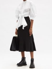 ALEXANDER MCQUEEN Puff-sleeve tie-waist cotton-poplin cropped shirt | crop hem open back shirts