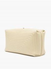 JIL SANDER Quilted-leather clutch / boxy cream clasp fastening bags