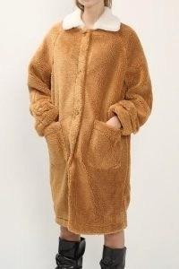storets   Brynn Contrast Collar Teddy Coat   super lightweight   knee length