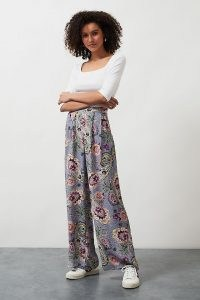 Kachel Wide-Leg Print Trousers Purple Motif / colourful palazzo style paisley pants