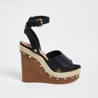 RIVER ISLAND Black cross wooden wedge heels / 70s style summer wedges