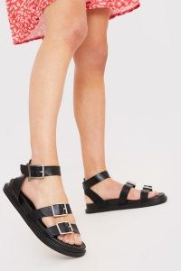 IN THE STYLE BLACK FAUX LEATHER BUCKLED MULTI STRAP SANDALS / triple buckle summer flats