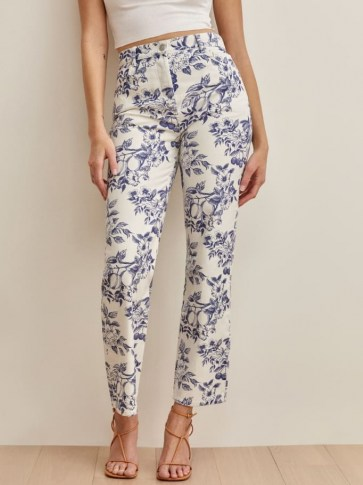 Reformation Cynthia Toile High Rise Straight Jeans in Monaco | floral denim - flipped