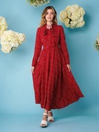 sister jane DREAMING DAISIES Chamomile Rhyme Midi Dress ~ romantic red vintage style dresses