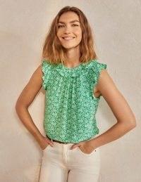 BODEN Helen Top / green summer flounce tops