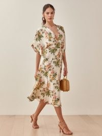 Reformation Karen Dress | floral kimono style dresses | spring and summer fashion for women | wide sleeve