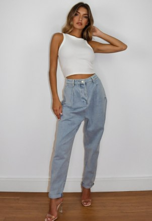 Missguided light blue highwaisted pleated slouch jeans | slouchy denim - flipped
