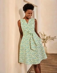 BODEN Mischa Belted Dress Ivory, Citrus Fruit Small / summer fit and flare