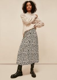 WHISTLES GIRAFFE SKIRT / A-line midi length animal print skirts