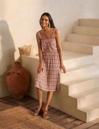 BODEN Rosamund Smocked Jersey Dress Copper Red, Pineapple Geo / fruit print summer dresses