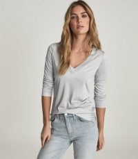 REISS SELENA JERSEY V-NECK TOP LIGHT BLUE ~ wardrobe essential