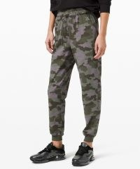 lululemon Stretch High-Rise Jogger in Heritage 365 Camo Dusky Lavender Multi ~ lilac and green camouflage jogging bottoms
