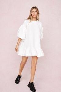 Nasty Gal Textured Crew Neck Puff Sleeve Mini Dress   white voluminous dresses
