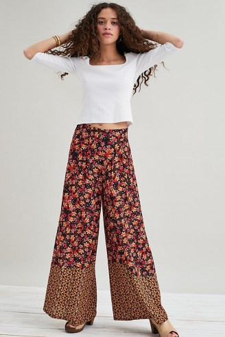 Kachel Lucy Wide-Leg Trousers – retro floral pants