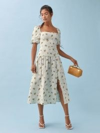 REFORMATION Melony Linen Dress / feminine square neck summer dresses